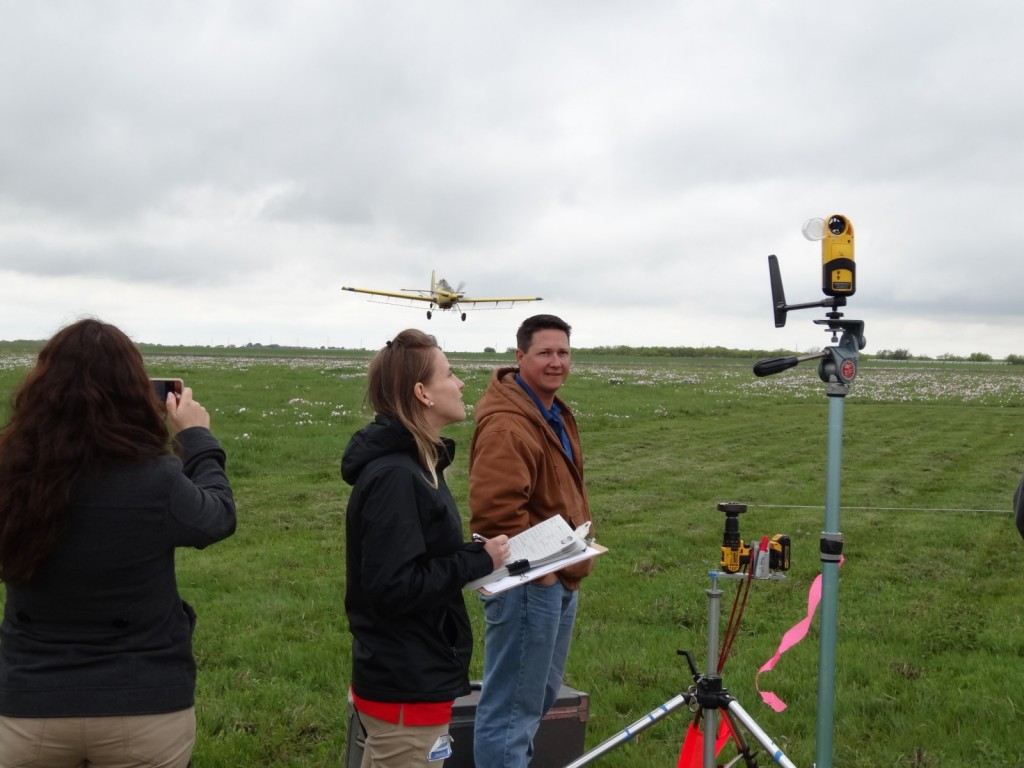 Students from the University of Nebraska attended the Texas Fly-In 2016 to learn more about aerial application processes.